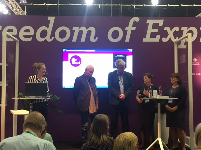 Umeå signs at Freedom of Expression stand at the 2016 Gothenburg bookfair. From left: Bongi MacDermott, Swedish Arts Council, Lars Sahlin, Umeå Municipality, Leif Mårtensson, Umeå Municipality, Elisabeth Dyvik, ICORN and Annika Strömberg, Uppsala City of Refuge and ICORN Board. Photo.