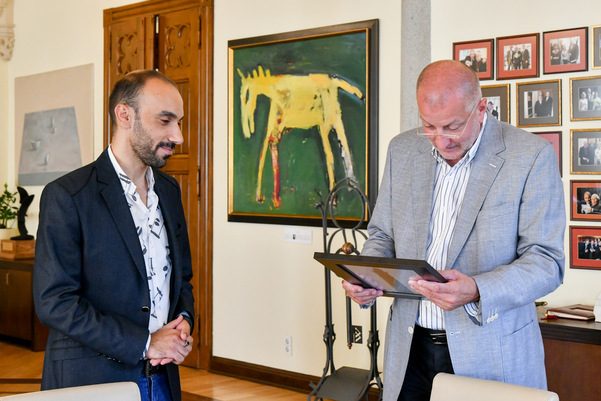 Umar Abdul-Nasser meets President of Wroclaw, Rafal Dutkiewicz. Photo by the city of Wroclaw. Photo.