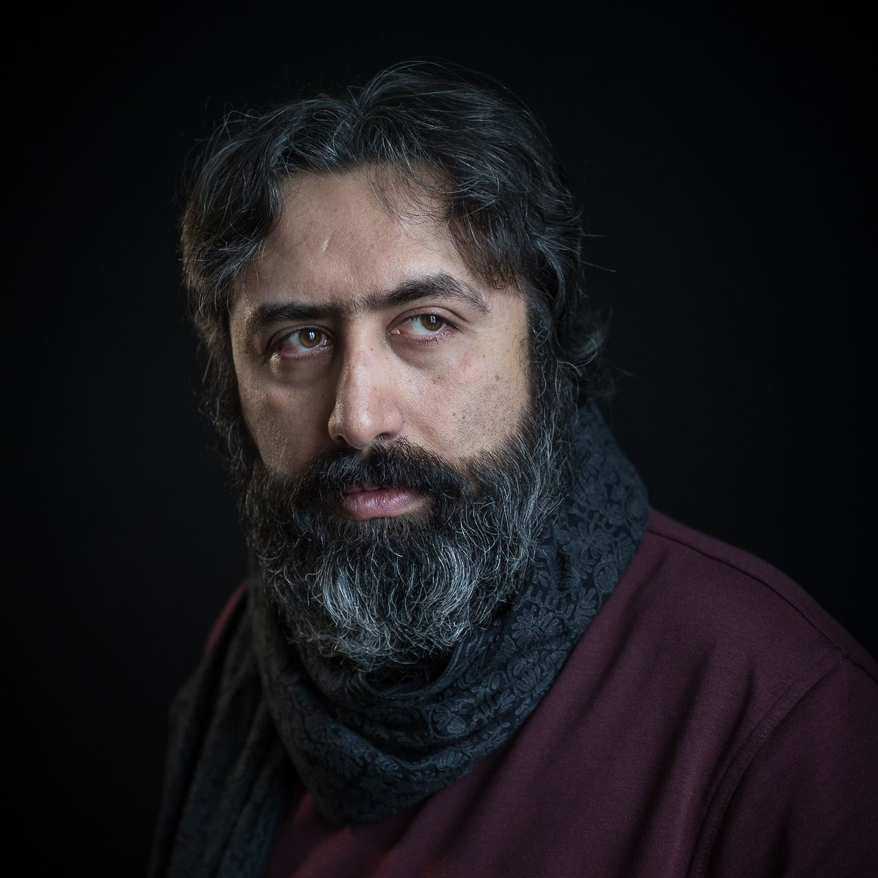 Mehdi Mousavi. Poet living in Lillehammer. Photo: Tine Poppe/Aschehoug. Photo.