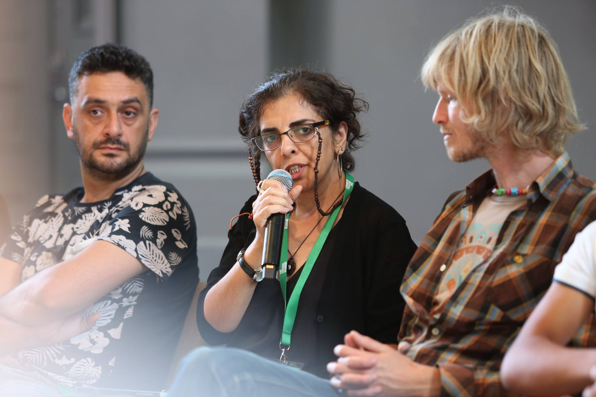 Ashraf Atrachi, Iraqi artist and art critic, ICORN artist in residence in Stockholm 2014-2016, and Parvin Ardalan, ICORN writer in residence in Malmö 202010-2012. Speakers and participants at the The Festival Academy August 2018 in Gothenburg. Photo.