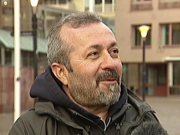 Fikret Atay, interview with SVT 24 November 2017. Photo.