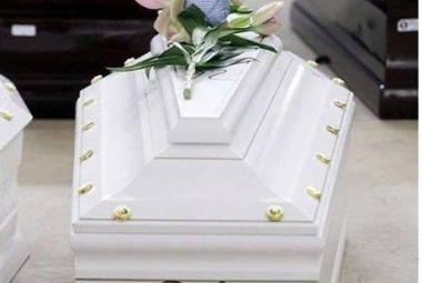 Casket for one of the children of the Lampedusa tragedy, named 92