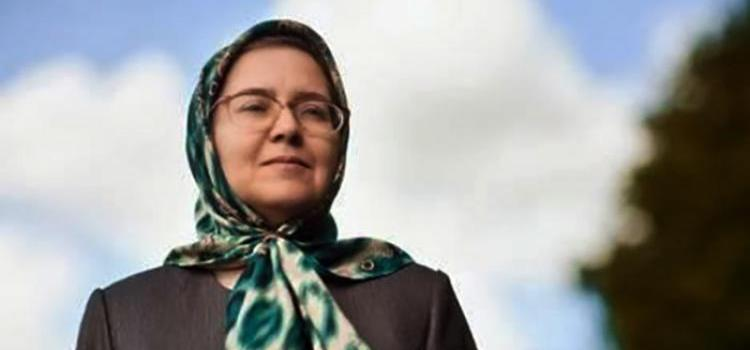 Sedigheh Vasmaghi, lawyer, poet and woman rights activist from Iran. Photo.
